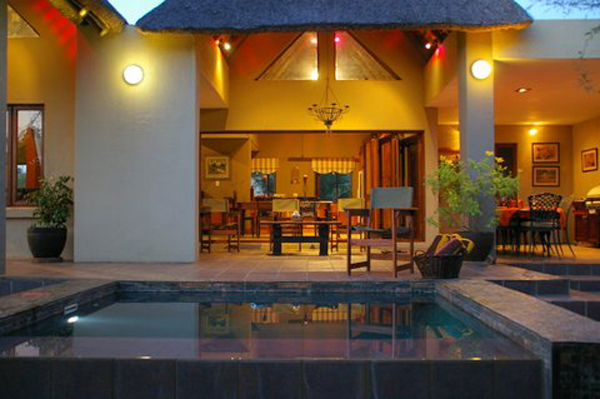 Marula Bush Lodge